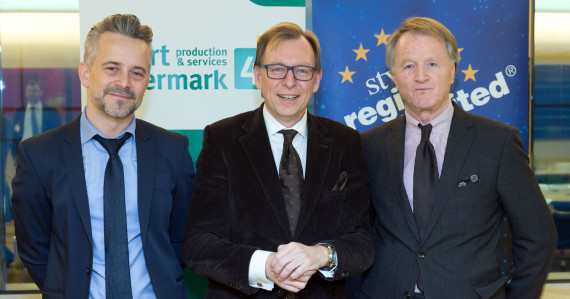 DI Stefan Thanner (General Manager CoC Contract Manufacturing Magna Steyr), Dr. Christian Buchmann (Wirtschaftslandesrat), Mag. Jochen Pildner-Steinburg (Präsident IV Steiermark)   © SFG/Harry Schiffer